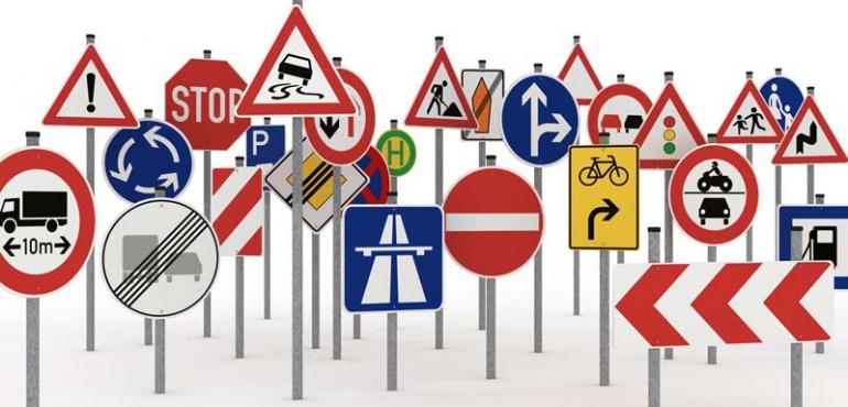 عجیت ترین قوانین راهنمایی و رانندگی
