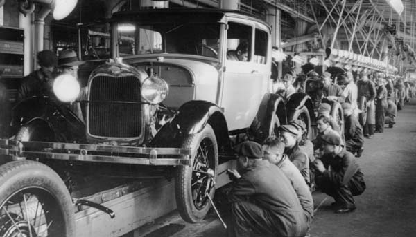تاریخچه ورود اتومبیل به ایران